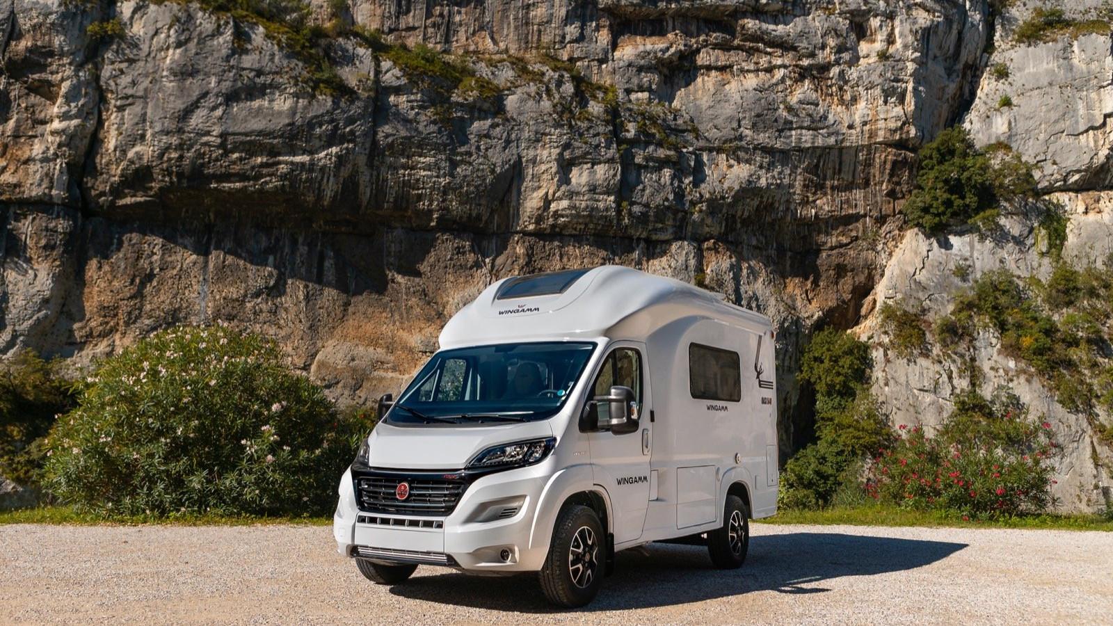 Oasi 540 petit camping-car de luxe camping-car de moins de 5 6 m premium - camping-car