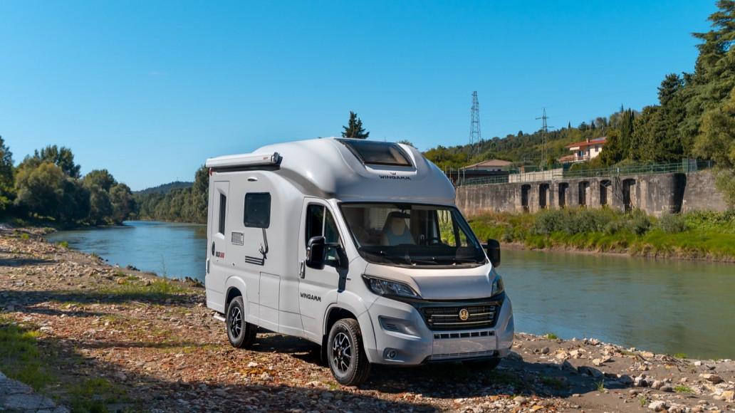 Oasi 540 - kleines Premium Wohnmobil fahren - Wohnmobil