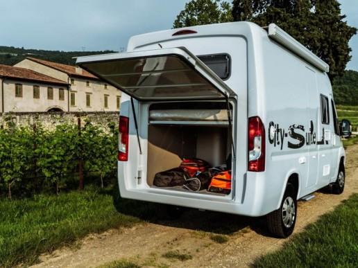 Wingamm-City-Suite-Schließfach-Garage-offen-1024x684 - Wohnmobil