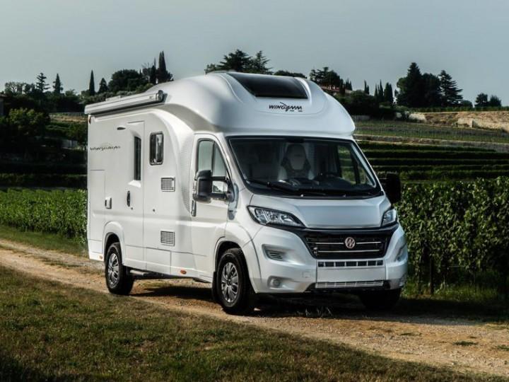 wingamm-oasi610-outdoor-1024x573 - camping-car
