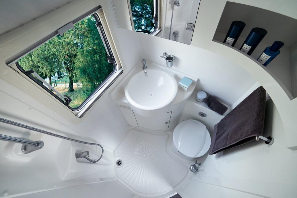 Wingamm-Mikros-Badezimmer-total weiß - Copia - Wohnmobil