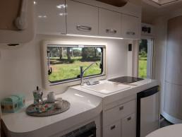 wingamm-oasi540-kitchenlong-oven - camper
